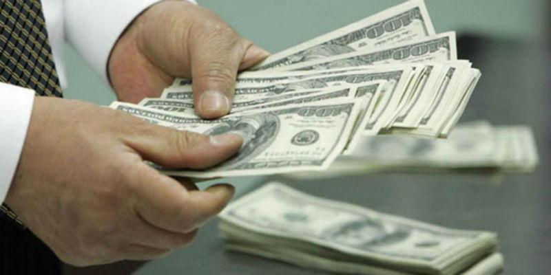 Dólar se vende en $17.22 en bancos de CDMX