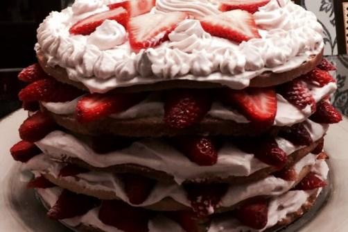 Bolo de Aniversário, Bake and Cake
