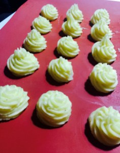 Como moldar as Batatas Duchesse