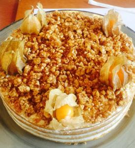 Praline: o delicioso crocante de muitos doces. Receita Bake and Cake