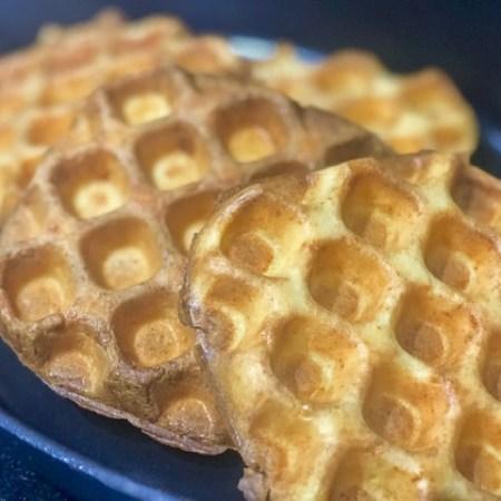 Waffle de Pao de Queijo