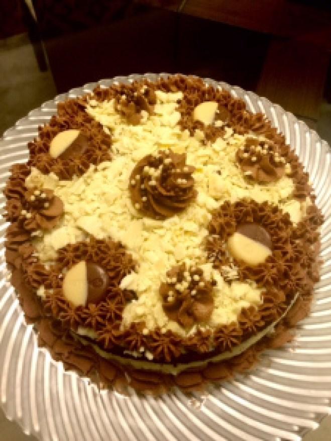 BOLO NU - NAKED CAKE TRES CHOCOLATES