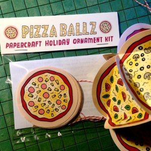 Pizza Ballz Paper Holiday Ornament Kit