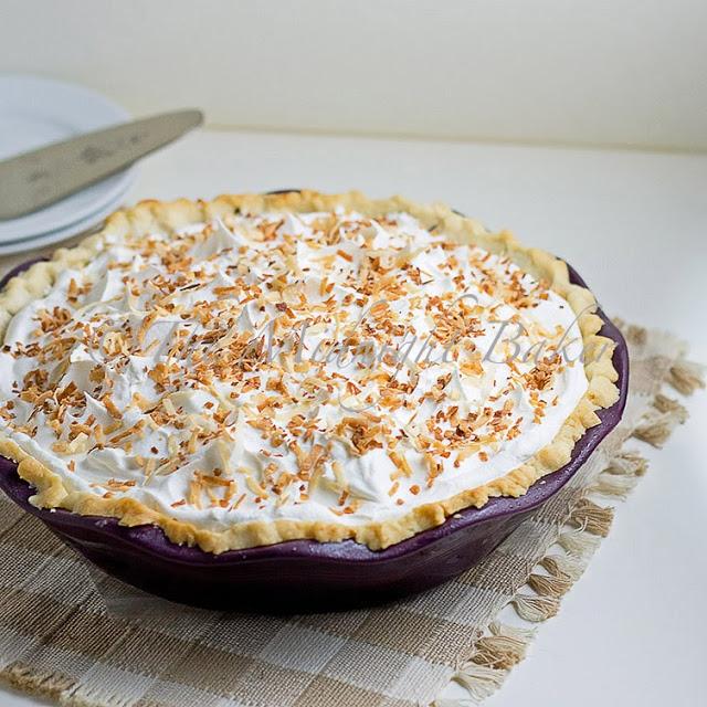 Banana Pie in Revol Crumpled Pie Plate