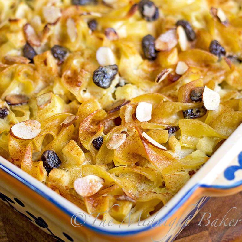 Sweet Kugel | bakeatmidnite.com | #noodles #kugel #chanukah #desserts