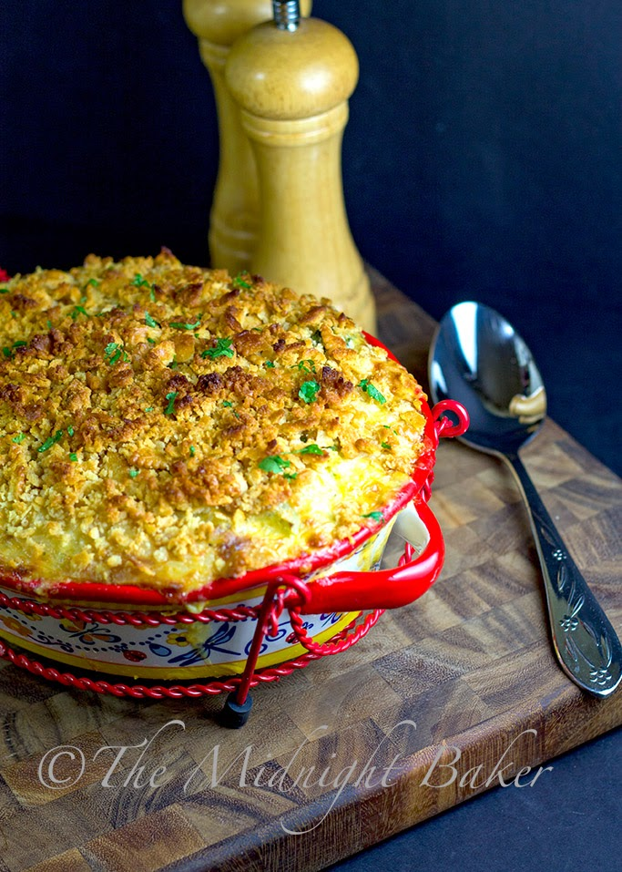 Cheesy Broccoli Rice Casserole #SideDishes #MainDishCasseroles #LeftoverChickenRecipe