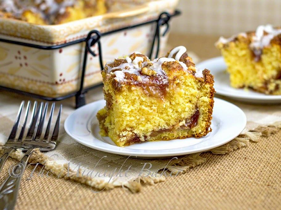 Apple Cinnamon Breakfast Cake #CoffeeCake #AppleCinnamonCake #breakfast