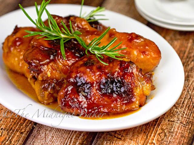 Apricot Chicken | bakeatmidnite.com | #chicken #apricots #recipe