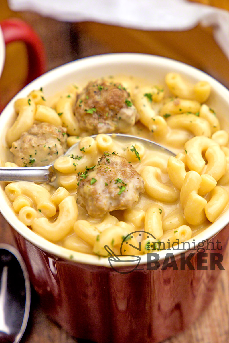 Comforting beefy macaroni and cheese in soup form!