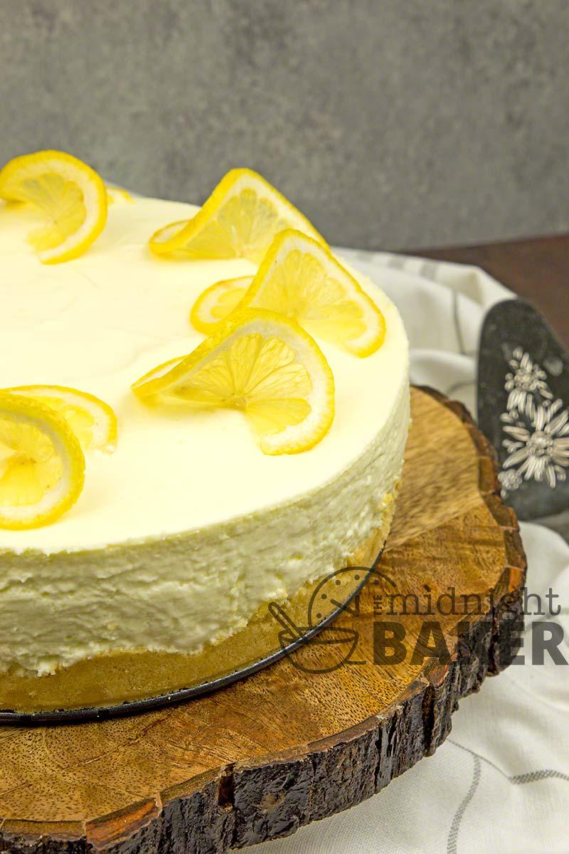 No-bake lemon cookie cheesecake