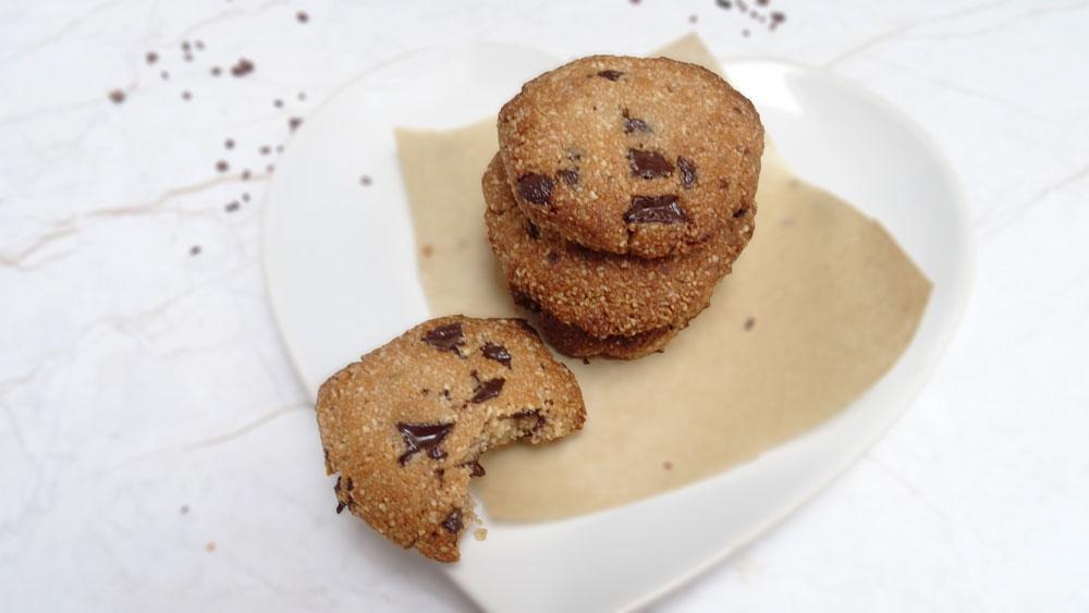 healthy vegan chocolate chip cookies