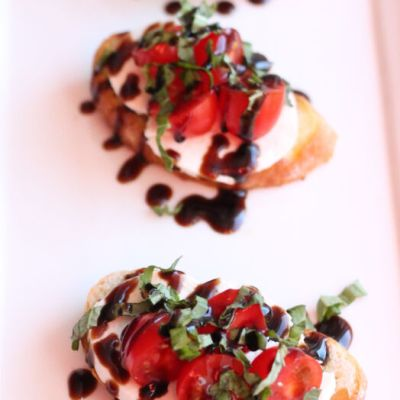 Bruscetta Crostini with a Balsamic Glaze