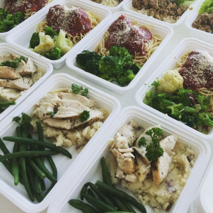 Meal Prep Tampa #mealprep #foodprep #fresh #neverfrozen #healthy #fit #chef #foodporn #food #cheaperthanmcdonalds #bodybuilding #eatclean #liftheavy #fitness #fitfamily #cooking #tampa #channelside