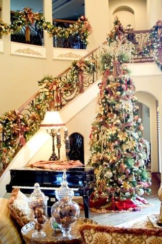 Residential Christmas Designer