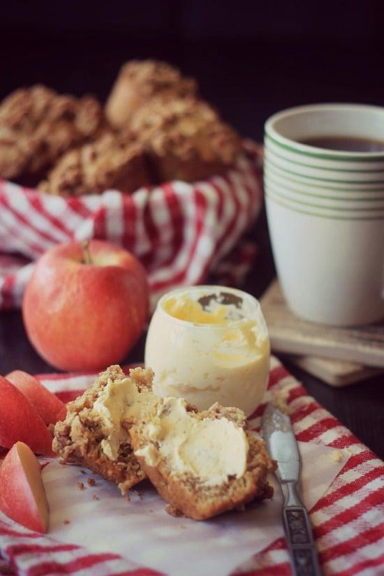 Apple Streusel Muffins (vegan)