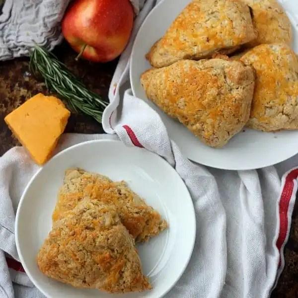 cheddar-apple-scones-square