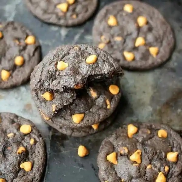 dark-chocolate-espresso-cookies-square