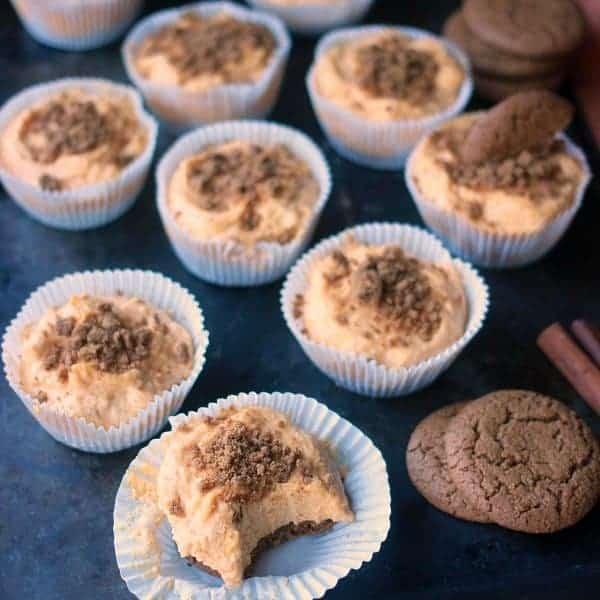 no-bake-pumpkin-cheesecakes-square