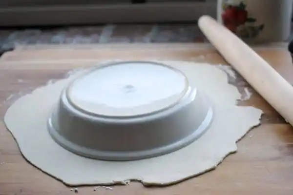How to Keep Pie Crusts From Shrinking | Baker Bettie