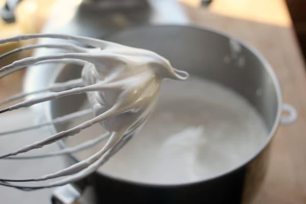 How to Make Swiss Meringue- Baker Bettie