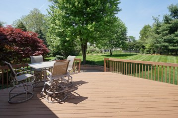 Rear Deck and View