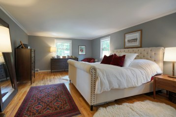 Master Bedroom with Andersen Architectural Series Windows