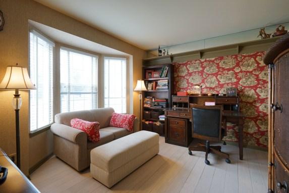 Bedroom 2 Bay Window