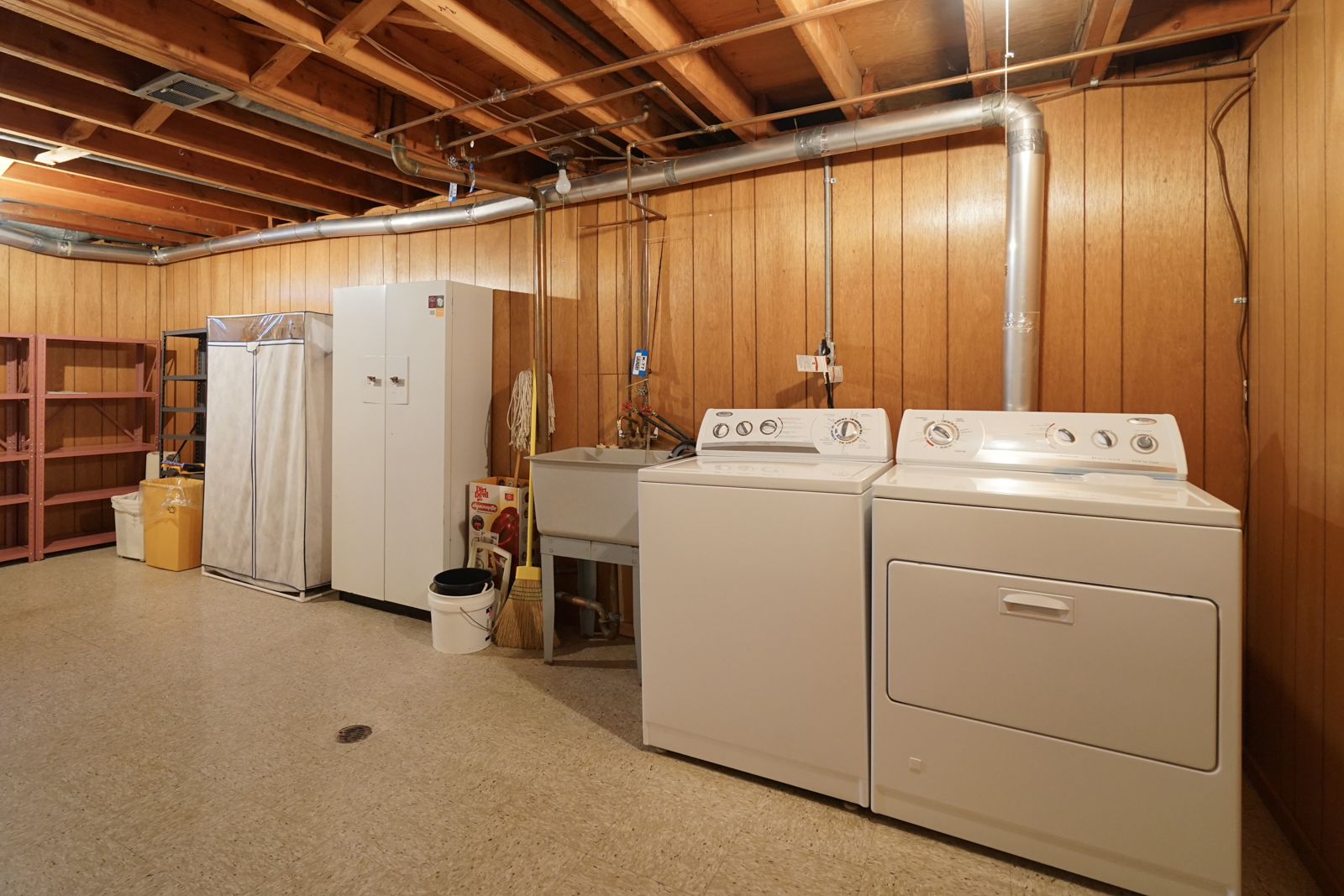 Private Basement Laundry