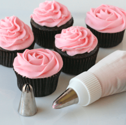 cake decorationg tip set, decorating tips set, nozzle decorating tips, cupcake piping nozzles, piping equipment for cakes, cupcake icing nozzle, icing equipment, large icing nozzle set