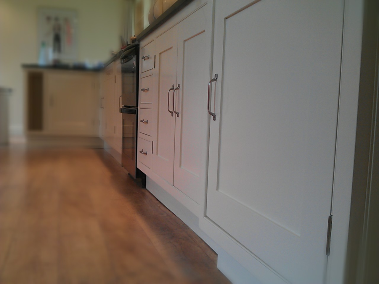 Handmade kitchen cabinets by wychwood joinery cabinet painting by specialist decorators Baker Southern Ltd