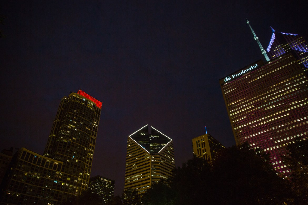 chicago-at-night-BLOG-107 Night Walk in Chicago Travel