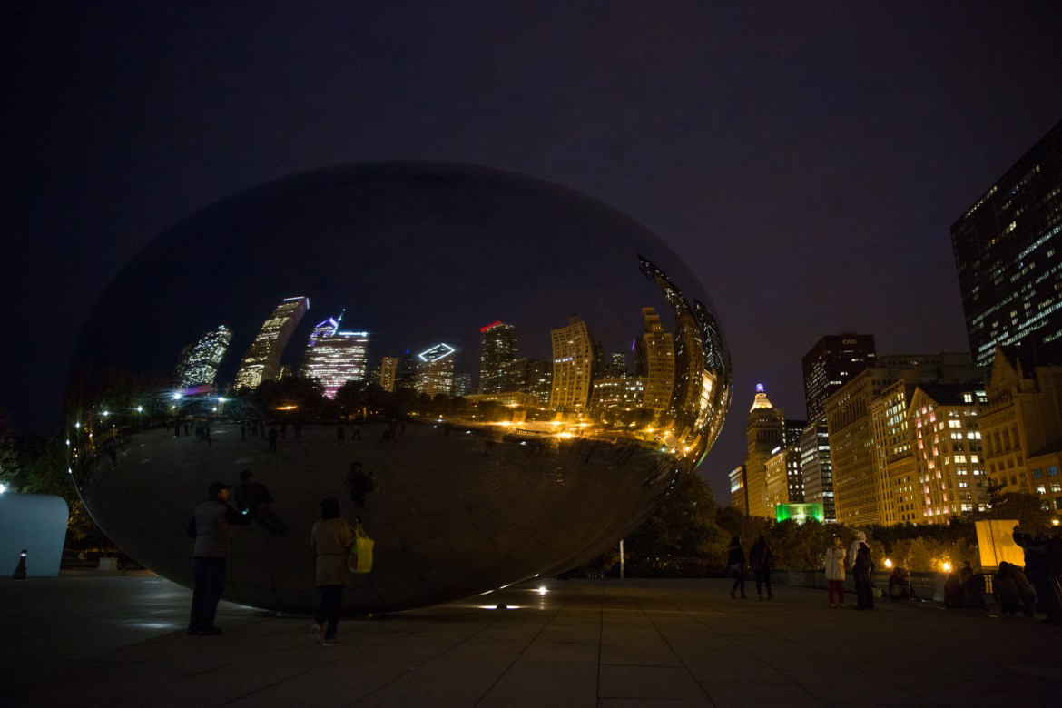 chicago-at-night-BLOG-110 Night Walk in Chicago Travel