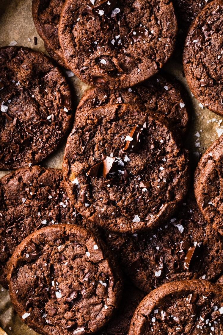 chocolate sablé cookies