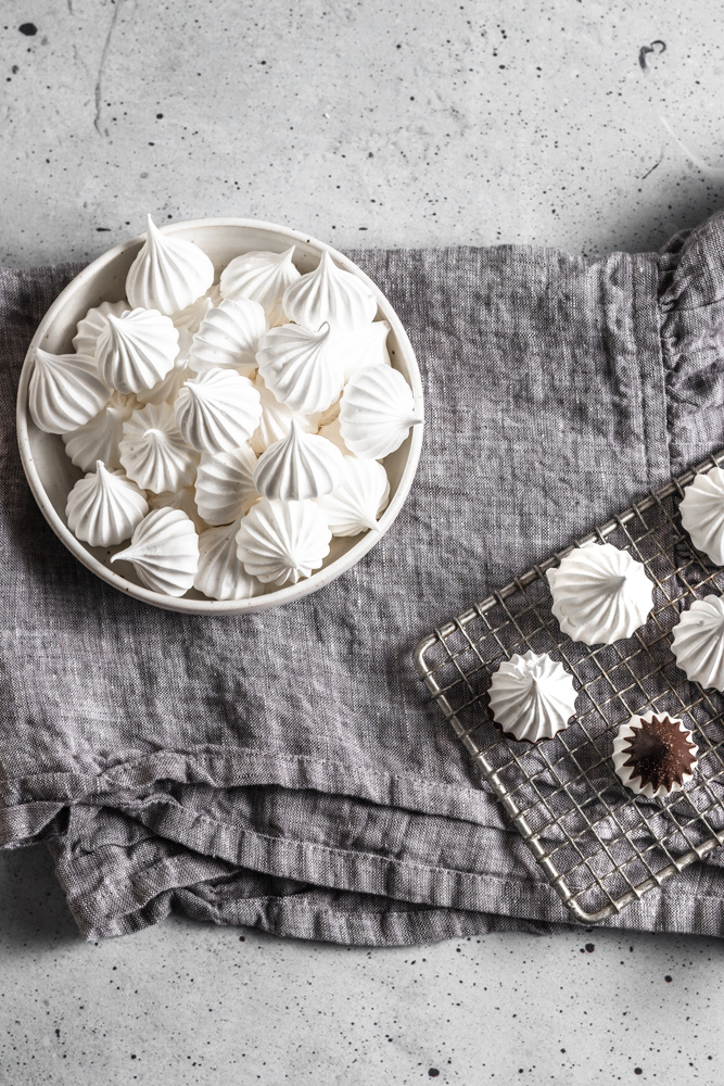 french meringue cookies with chocolate