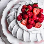 classic pavlova with berries
