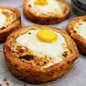 מאפה גבינות וביצים