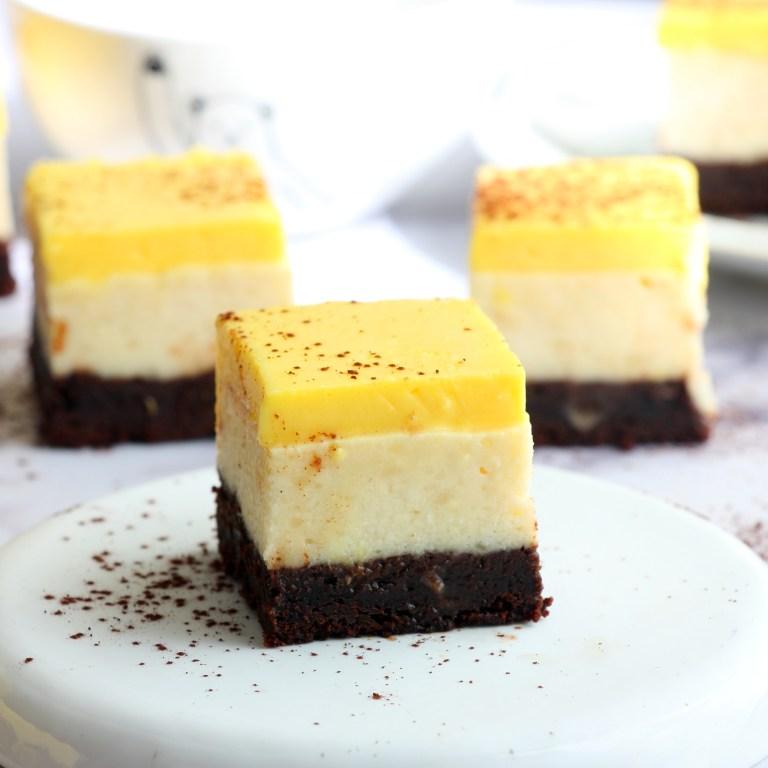 Read more about the article בראוניז, גבינה ולימון