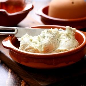 גבינת שמנת תוצרת בית