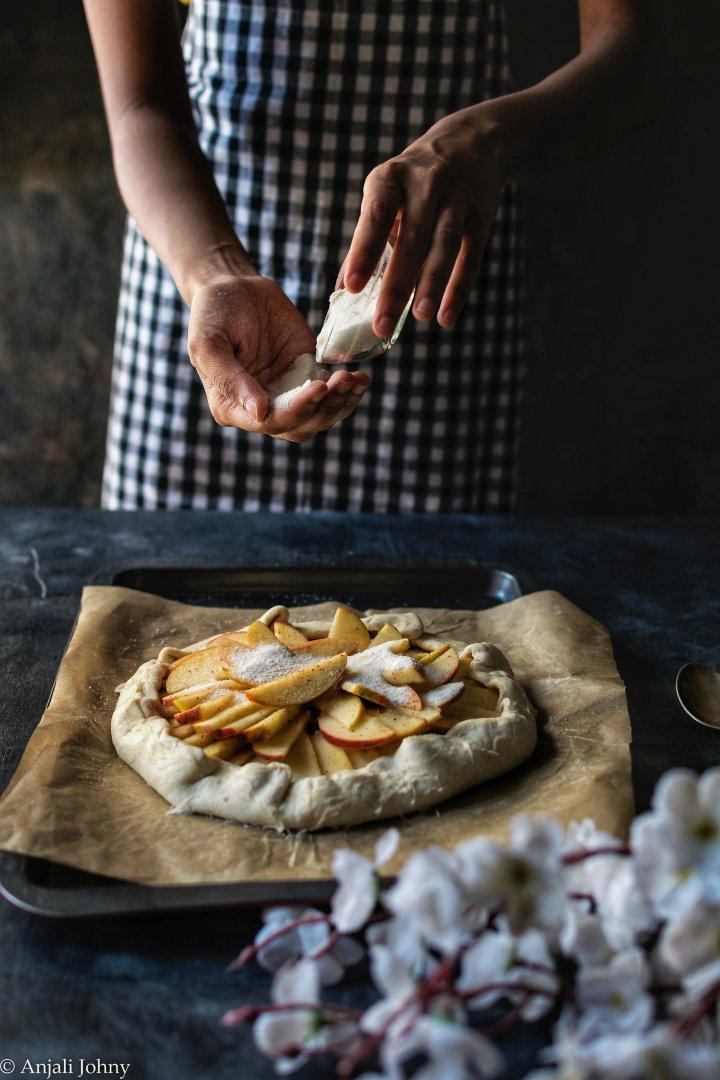 apple cinnamon almond galette-1-9-012124940355..jpg