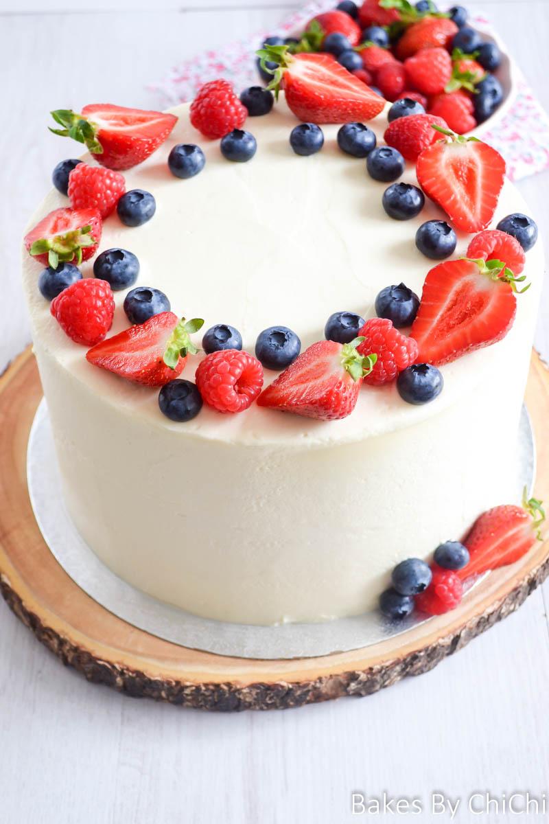 Mixed Berry Mascarpone Cake
