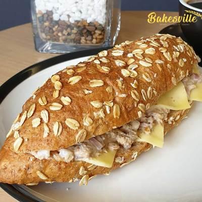 Tuna and Cheese Sandwich