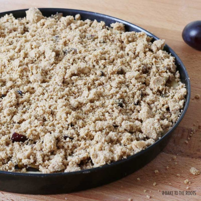 Zwetschgenstreusel | Bake to the roots