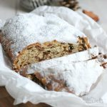 Christstollen mit Nüssen | Bake to the roots