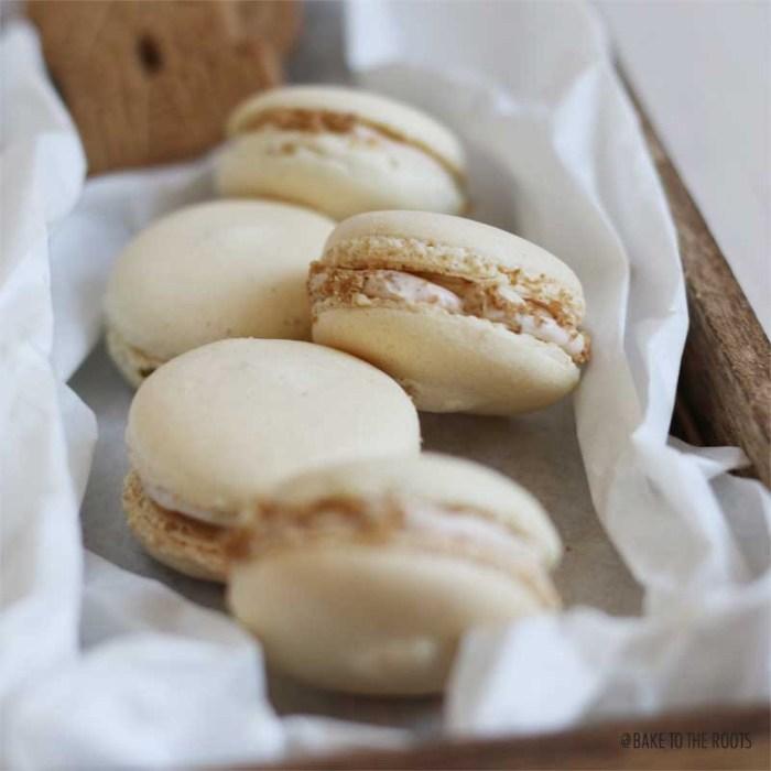Spekulatius Macarons   Bake to the roots