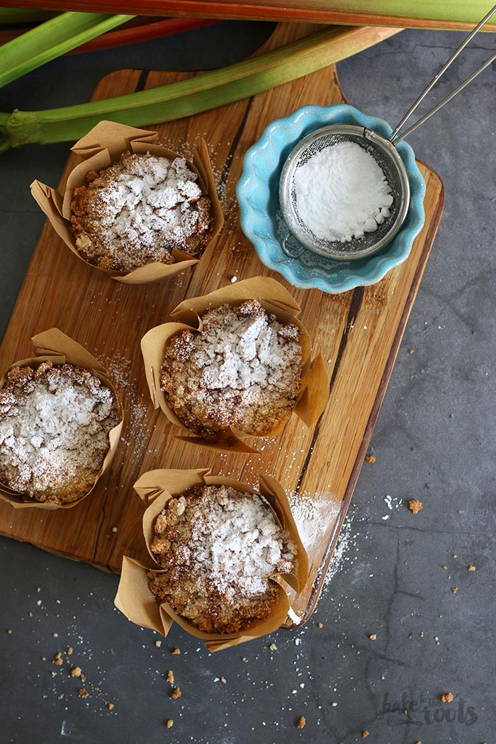 Rhubarb Streusel Muffins | Bake to the roots