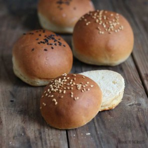 Easy Burger Buns   Bake to the roots