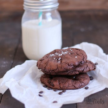 Nutella & Salted Caramel Stuffed Double Chocolate Chip Cookies | Bake to the roots