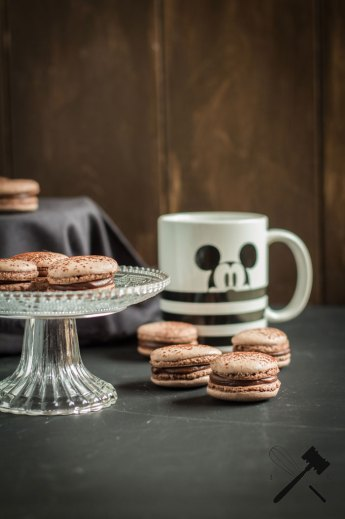 """Chocolate Macarons 
