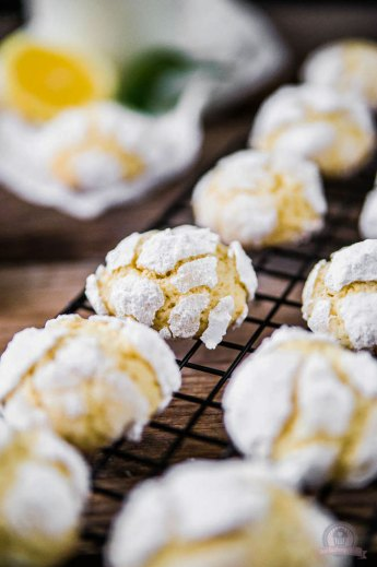 "Lemon Crinkle Cookies | Cookie Friday with ""Das Küchengeflüster"""