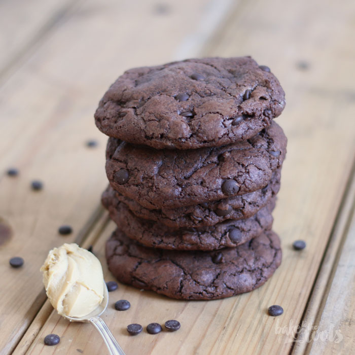 Peanut Butter & Nutella Stuffed Chocolate Chip Cookies   Bake to the roots